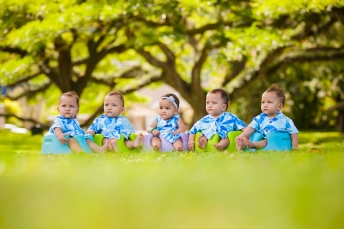 Kapiolani Medical Center's 2016 Wall of Hope photo shoot at Queen Emma Summer Palace. Tyler Villegas Declan Stahl Gwen Mau Lily Lyman Zeny Agas Quintuplets of Hawaii - mom Marcie De La Cruz Tia Fuchigami Robyn Polinar